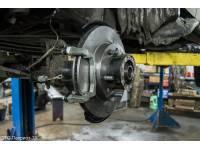 Дисковые тормоза с перфорированными дисками УАЗ задний мост Спайсер Патриот с 2013 г. под ручник суппорт ВАЗ